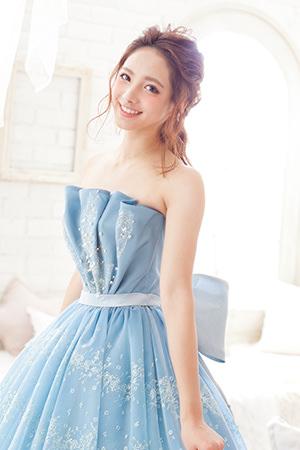 洋装ロングヘアサムネイル