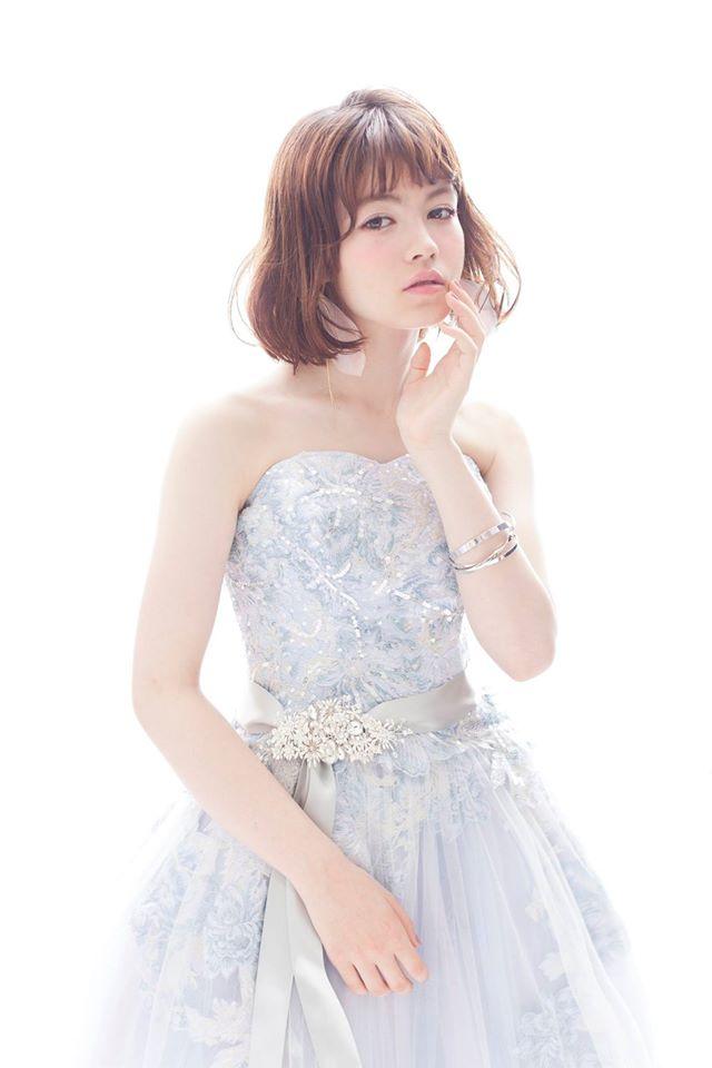 洋装ショートヘア01