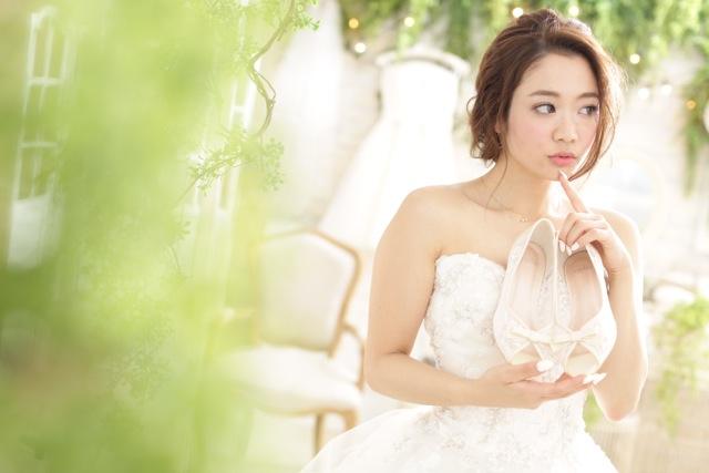 なりたい理想の花嫁になれる!!2017年トレンドを抑えた髪型&ヘッドアクセサリー01